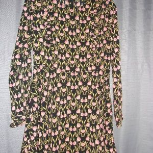 FOREVER 21 FLORAL LONG SLEEVED DRESS LG BLACK/PINK